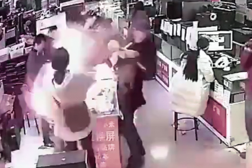 The explosion, which occurred at an electronics store in China on Jan 19, 2018, less than a second after the man took a bite of the smartphone battery.