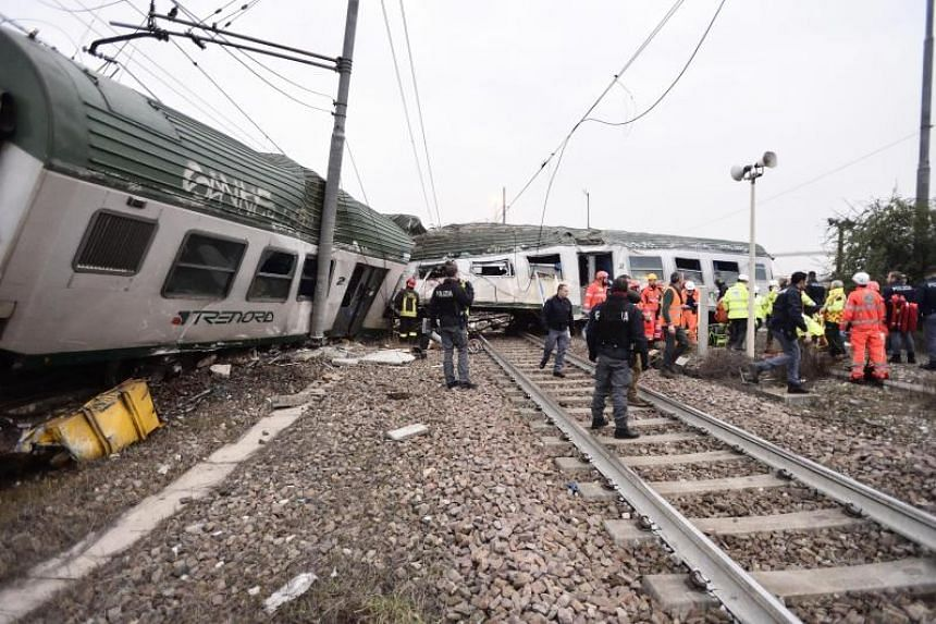 The regional train derailed at the Pioltello Limito station, some 40km from Milan.