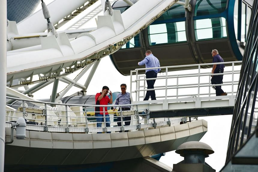 """The Singapore Flyer suspended operations due to a """"technical issue"""" and will be resuming rides after """"a thorough check""""."""