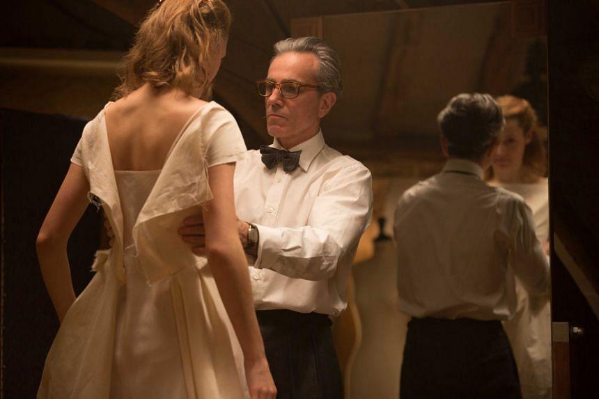 Daniel Day-Lewis plays a popular fashion designer in 1950s London in Phantom Thread.