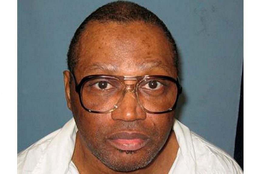Vernon Madison's lawyers said he is not competent to be executed because he is legally blind, cannot walk without assistance and is unable to recall the murder or understand his punishment.
