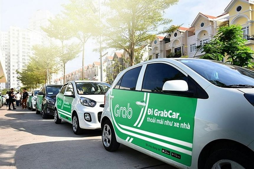 """Vietnam's taxi operator Vinasun has claimed that the """"illegal operations"""" of Grab in Vietnam were to blame for the company's falling revenues in 2016 and 2017."""