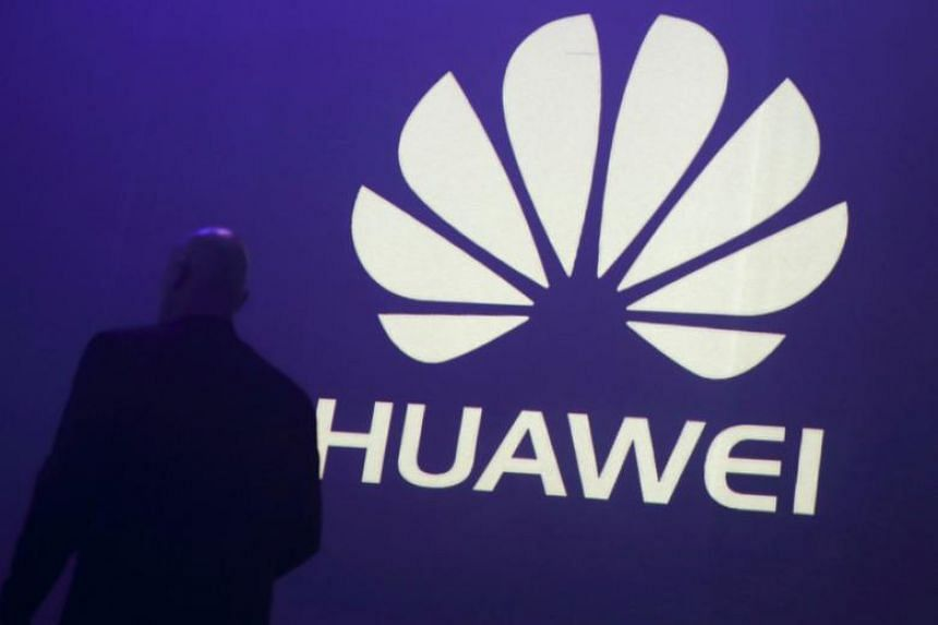 The lawmakers are also advising US companies that if they have ties to Huawei or telecom operator China Mobile, it could hamper their ability to do business with the US government.