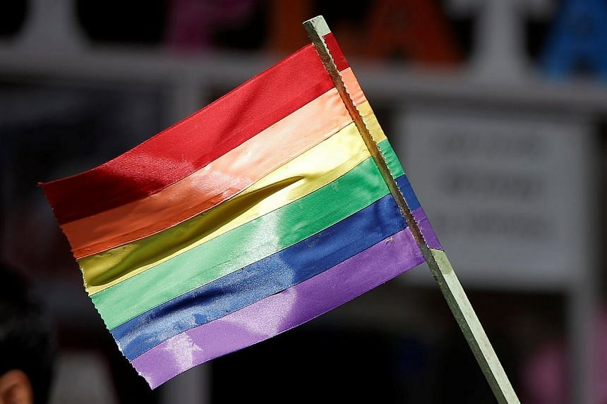 Malaysian newspaper Sinar Harian has come under fire from netizens after publishing an article on how to identify members of the LGBT community.