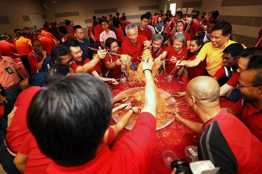 PM Lee and Madam Ho Ching joined workers in their Chinese New Year celebrations on Feb 16, 2016. PM Lee started off his morning with a visit to workers at SBS Transit's Gali Batu MRT Depot and SMRT's Tuas Depot.