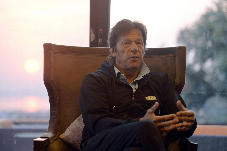 Imran Khan, who captained the Pakistan team when it won the Cricket World Cup in 1992, wed Bushra Watto in a low-key ceremony in the eastern city of Lahore.