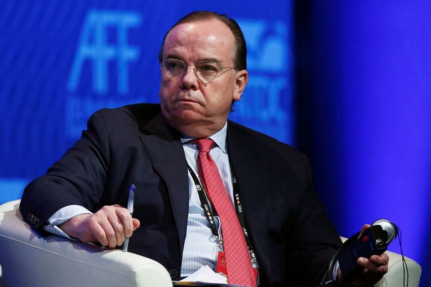 HSBC's departing chief executive Stuart Gulliver earned an annual bonus of £2.1 million in 2017, on top of £3.9 million in salary, allowances and benefits.