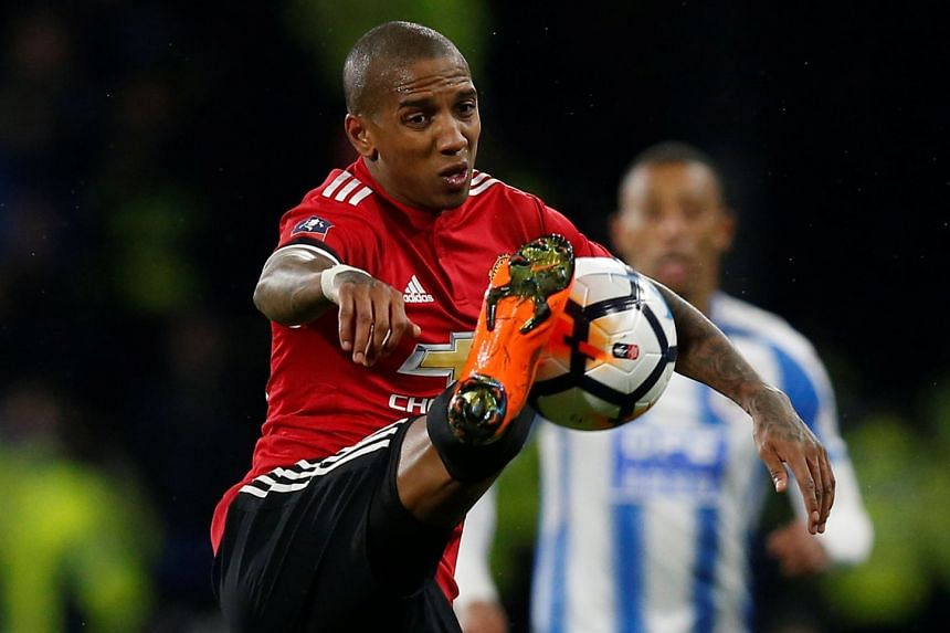 Manchester United's Ashley Young said that the English club is able to win the Champions League this season.