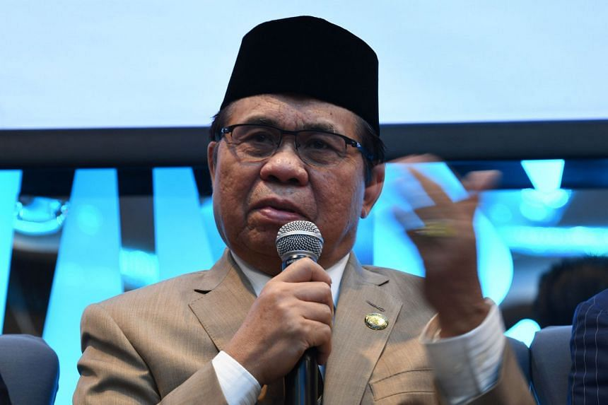 Murad Ebrahim, chairman of Moro Islamic Liberation Front, said his group was battling pro-ISIS groups for influence in schools.
