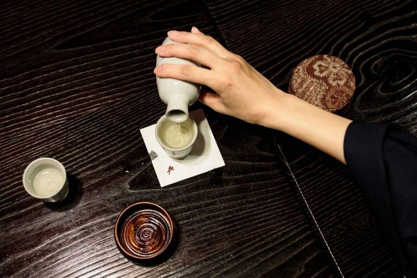 Partly boosted by a growing interest in Japanese cuisine overseas, sake exports have enjoyed an upward trend since 2006.