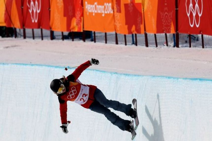 The lacklustre manner in which Elizabeth Swaney, an American skier competing for Hungary, qualified for the women's halfpipe in Pyeongchang has raised questions about the Olympic qualification process.
