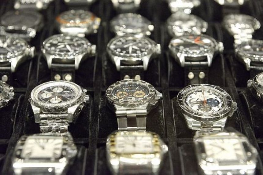 Pre-owned luxury watches is a flourishing market around the world.