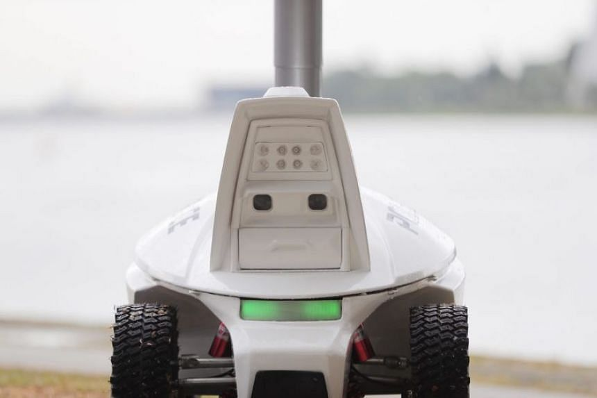 The Singapore Police Force patrol robot will be deployed after 8pm to patrol a 400m stretch at the end point of the Chingay parade.