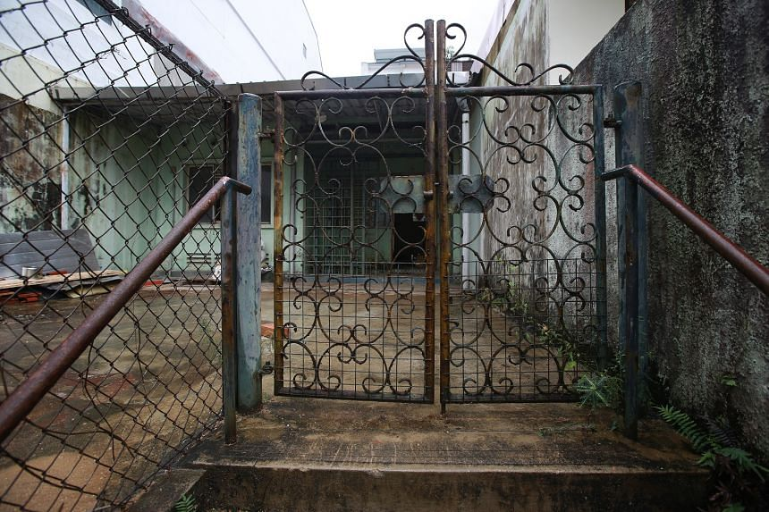 One of Singapore's most storied houses at Sembawang Hills Estate where two skeletal remains were found about 10 years apart will be put up for sale by auction by the government next Tuesday.