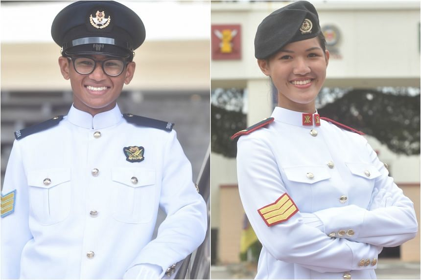3SG Mohamed Akif Bin Mohamed Salim (left) and 3SG Ong Jia Hui at Pasir Laba Camp for the 34/17 Specialist Cadet Graduation Parade.