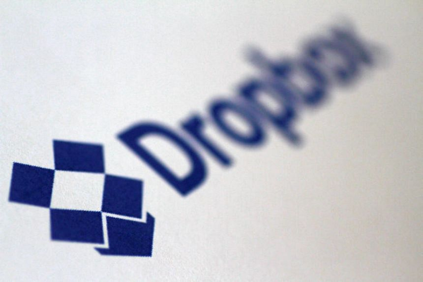 Dropbox, an online file storage company privately valued at S$10 billion, filed paperwork on Feb 23 to raise up to S$500 million in an initial public offering.