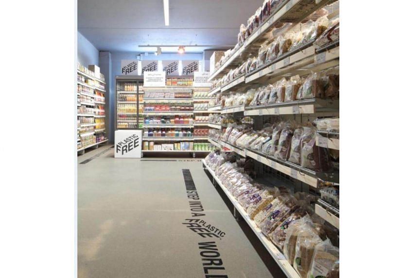 At Ekoplaza, shoppers can find groceries, snacks and other sundries - but not an ounce of plastic. The items are packaged in glass, metal or cardboard, as well as compostable material that looks similar to plastic.