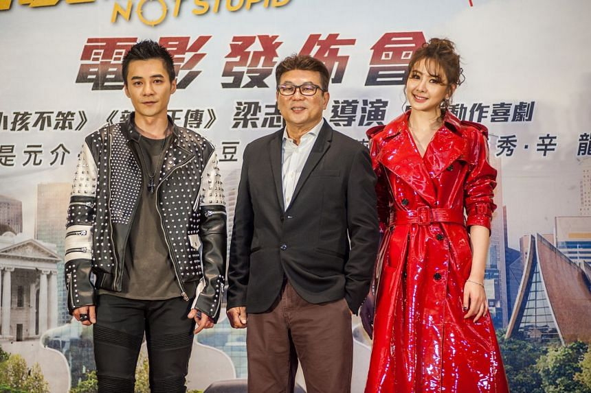 Home-grown film-maker Jack Neo (centre) will be filming action comedy Killer Not Stupid in Taiwan starring Mandopop duo Awaking member Jay Shih (left), 34, and actress-singer Amber An, 32.