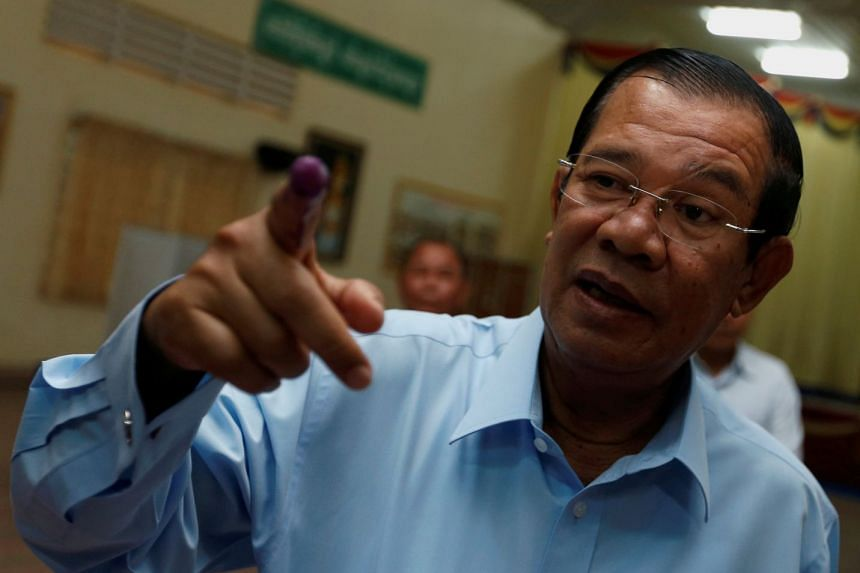 Cambodian Prime Minister Hun Sen last week threatened to beat up protesters if they burnt his image during an upcoming Asean-Australia Summit on Mar 17, 2018.