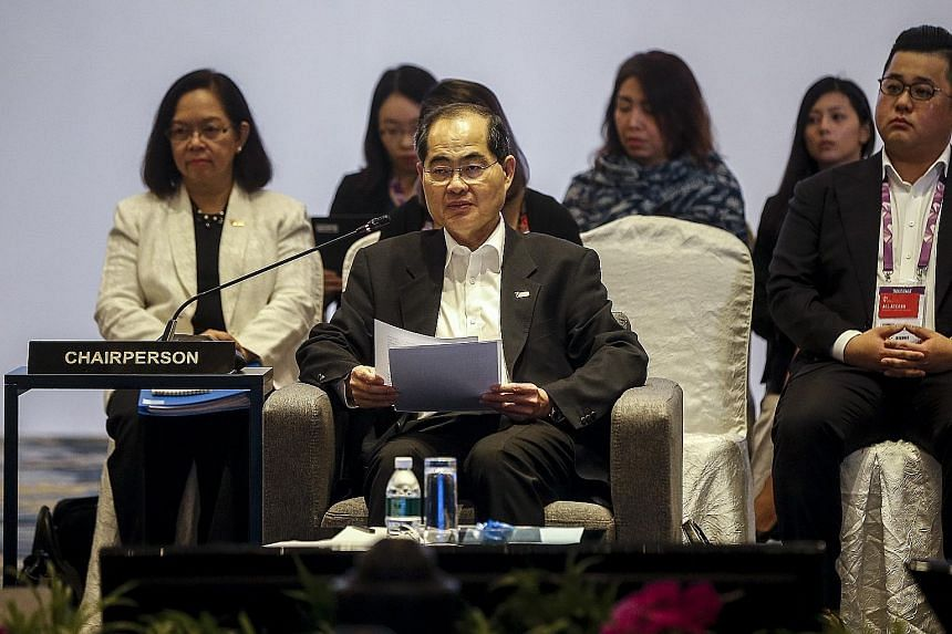 Trade and Industry Minister (Trade) Lim Hng Kiang, speaking at the Asean Economic Ministers' Retreat, said this week's meeting was a chance for ministers to discuss frankly the economic issues confronting the region, and deliberate on how to better i