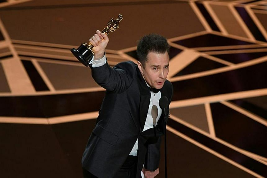 Sam Rockwell accepts the Oscar for Best Supporting Actor for Three Billboards Outside Ebbing, Missouri.