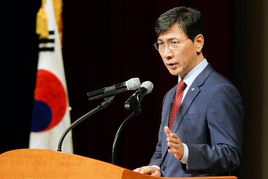 South Chungcheong Governor Ahn Hee Jung speaking during a meeting with government employees in the city of Hongseong, South Korea, on March 5, 2018.