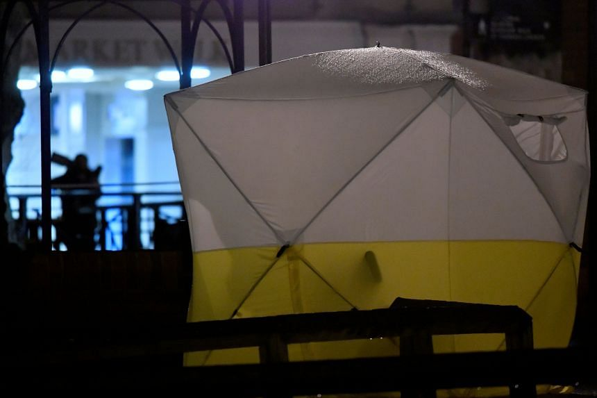 A tent is seen in an area cordoned off by police after former Russian military intelligence officer Sergei Skripal became critically ill after exposure to an unidentified substance, in Salisbury, southern England, on March 5, 2018.