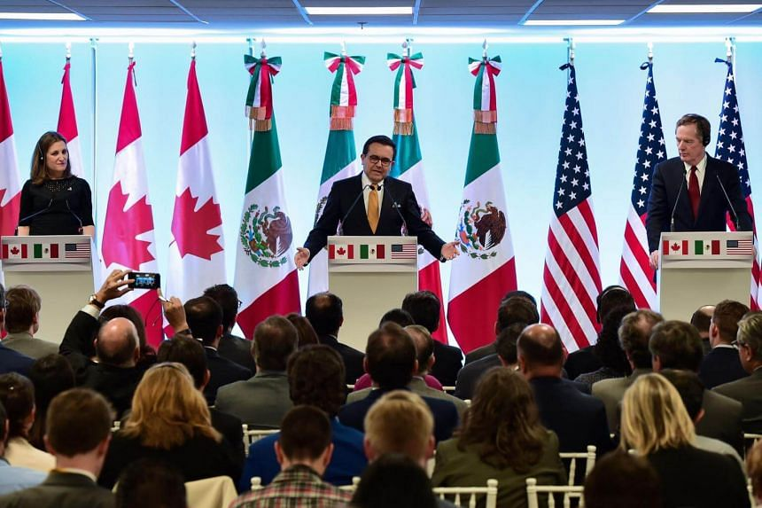 (From left) Canadian Minister of Foreign Affairs, Chrystia Freeland, Mexican Economy Minister Idelfonso Guajardo and US Trade Representative Robert Lighthizer give a message to the media during the seventh round of Nafta talks in Mexico City, on Marc