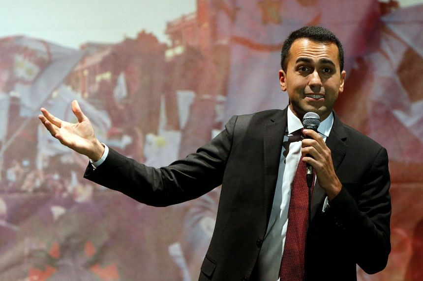 Five Star Movement leader Luigi Di Maio speaks to supporters in Pomigliano D'Arco, Italy, on March 6, 2018.