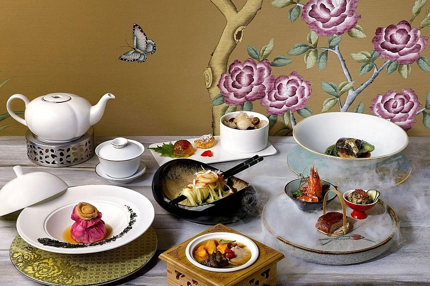 Hua Ting restaurant in Orchard Hotel Singapore is known for its Cantonese classics.