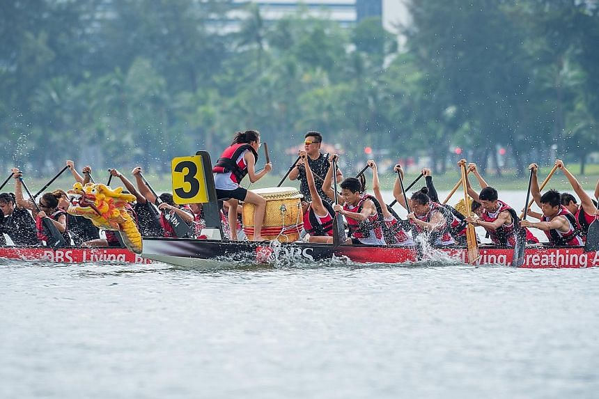 Paddling furiously to the beat of drums, dragon boat teams made a splash along the Kallang River yesterday on the first of the two-day Sports Hub Community Play Day - Water Festival. The event was attended by more than 18,000 people, who had the oppo