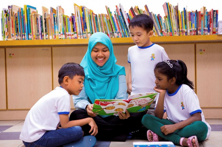 Through reading, storytelling and writing, participants not only learn the languages but are also encouraged to use their mother tongues in a creative and practical manner.