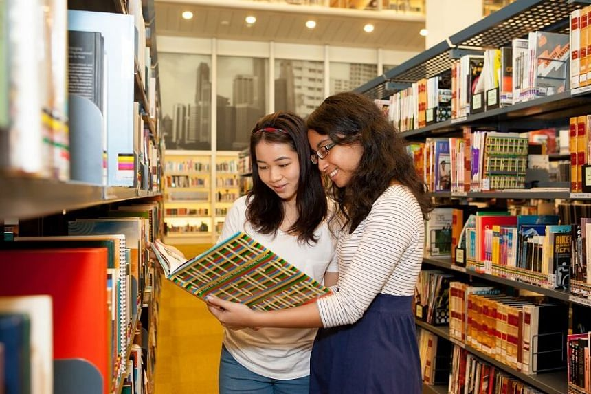 The genre of mysteries and thrillers is most popular among teenagers, based on the 2016 National Reading Habits on Teenagers, a survey which was released in late 2017.