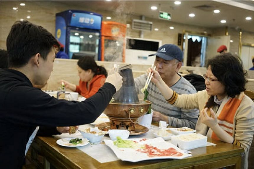 Jubaoyuan restaurant is one of many delicacies in Niujie attracting diners everyday. Its signature product is now mutton hotpot.