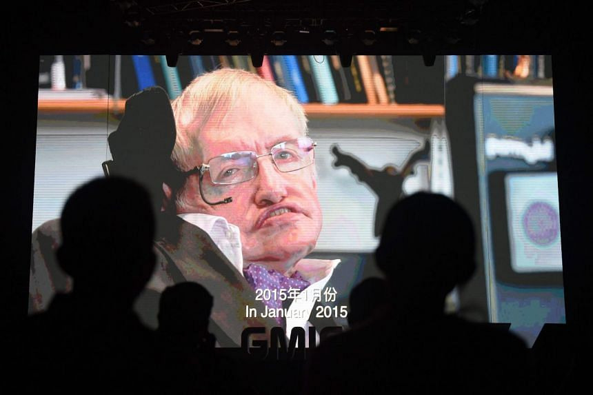 British physicist Stephen Hawking endeared himself to fans in China when he opened an account in Weibo, posting in both Chinese and English.
