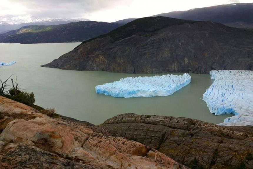 A handout picture released by Chile's National Forest Corporation (Conaf) shows the Grey Glacier detachment in the Torres del Paine National Park in Punta Arenas, Chile, on Nov 28, 2017.