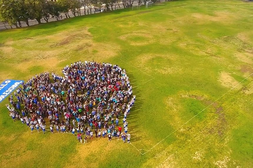 CALIFORNIAStudents form a heart-shaped display in Santa Carla on Wednesday to protest against gun crime in schools. COLORADO High school students protesting on Wednesday to mark the shooting at Marjory Stoneman Douglas High School in Parkland, Florid