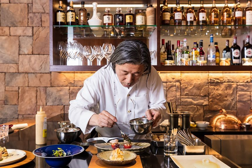 Welcome to TEPPAN, the first overseas outpost of decorated culinary veteran, Celebrity Chef Masayasu Yonemura.