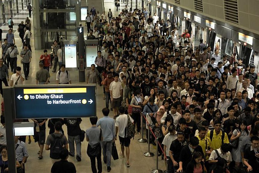 The platform of Bishan MRT station at peak hour. The upcoming advanced crowd sensing system will also be linked to the SMRTConnect app to allow commuters to better plan their journeys.