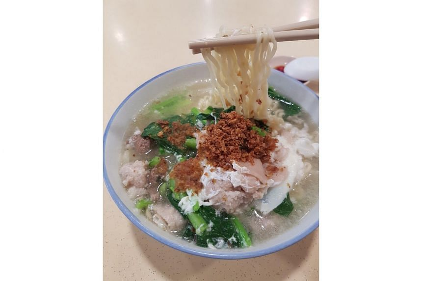 The instant noodles at Hai Xian Zhu Zhou are chock-full of ingredients.