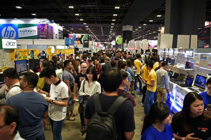 Visitors to the IT Show 2018 were able to cherry-pick from a wide range of the latest televisions, notebook computers, smartphones and cameras, with exhibitors throwing in freebies and discounts to reel in buyers.