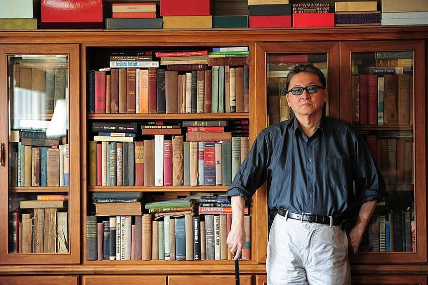 Writer Li Ao died of brain cancer yesterday. He was diagnosed with a brain tumour in July 2015, after having recovered from prostrate cancer in 2003.