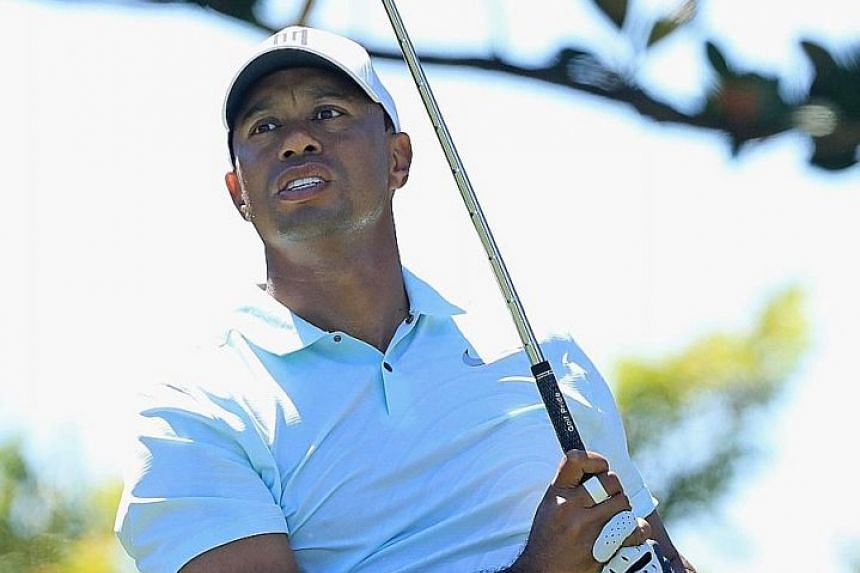 Tiger Woods, in the third round of the Arnold Palmer event, has played down expectations of a fifth Masters title.