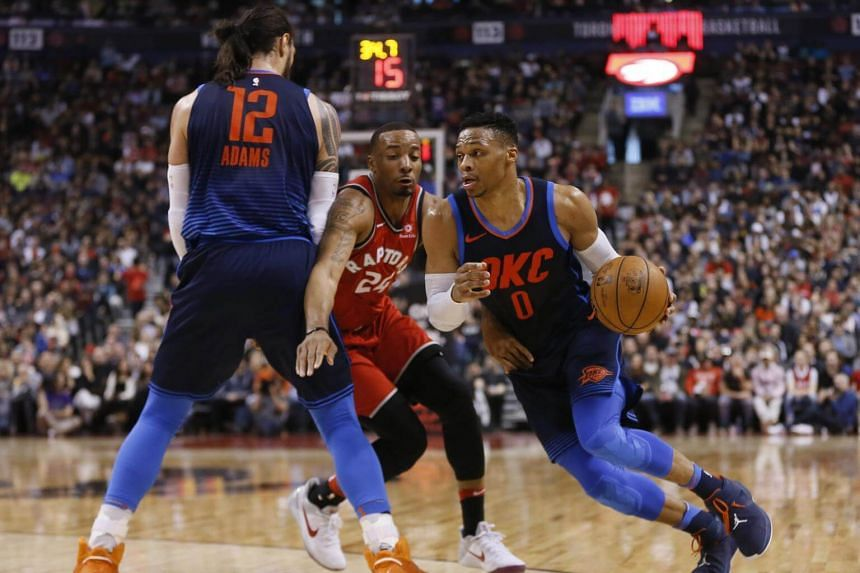 Russell Westbrook's (right) heroics, including back-to-back baskets to break a tie with 54.9 seconds remaining, denied the Toronto Raptors the longest win streak in club history.