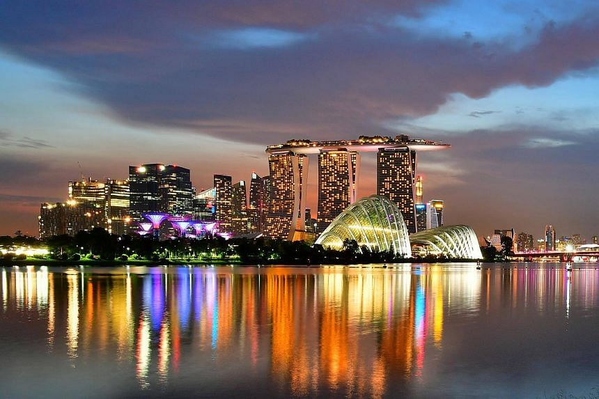 Evening view of the Singapore skyline.