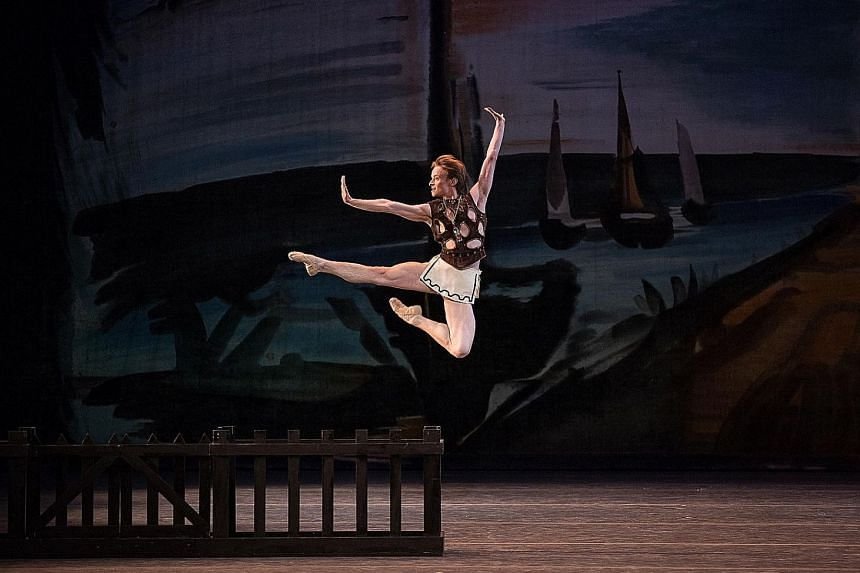 Born in Russia, award-winning ballet dancer Daniil Simkin (above) started his classical ballet training at the age of nine.