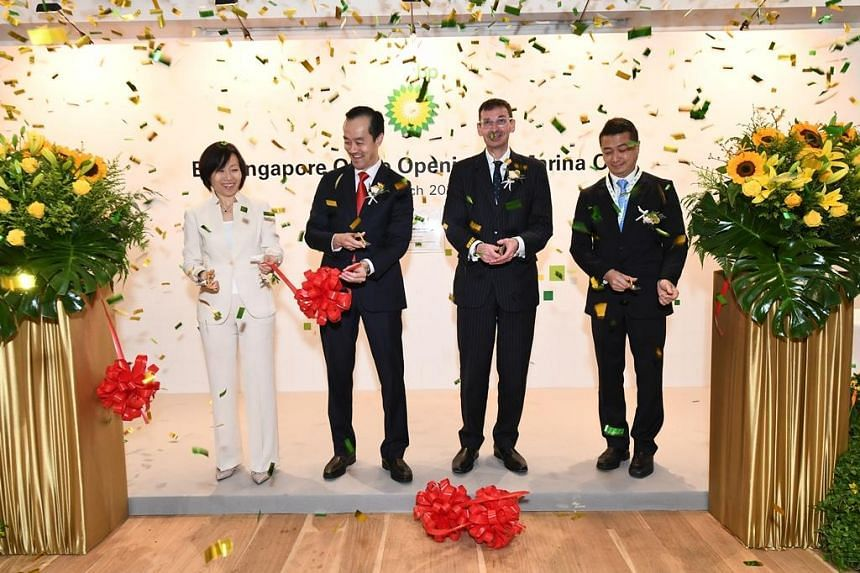 Senior Minister of State, Ministry of Trade and Industry and National Development, Dr Koh Poh Koon (second from left), said BP's industry expertise will be applied in planning NTU's academic curriculum, and providing internships to its undergraduates