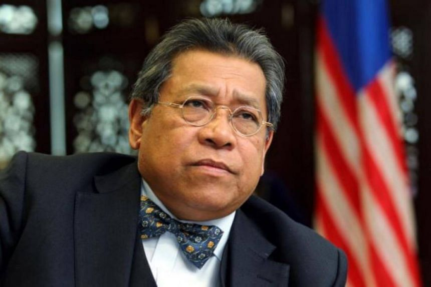 Speaker Tan Sri Pandikar Amin Mulia announced that the report has been placed on the tables of lawmakers, but then told MPs they were not allowed to read it until the embargo is lifted.