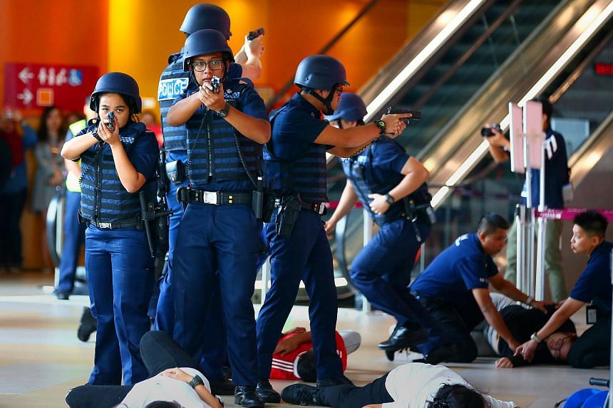 The Singapore Police Force and other agencies conducting an emergency preparedness exercise in Sentosa on Jan 26, 2018.