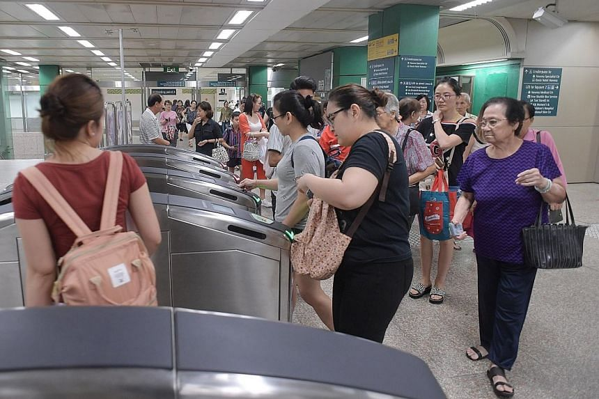 By the year end, commuters can avoid paying a separate boarding charge as long as they exit one MRT or LRT station and walk to another station on a separate or same line to continue their trip within 15 minutes.